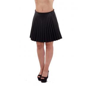 Къса пола черна